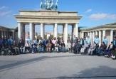 Voluntarios de Biogen Idec España acompañan a pacientes de la FEMM al Parque Europa en su Jornada del Voluntariado