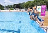 'Mójate por la Esclerosis Múltiple' volvió a inundar de solidaridad las piscinas de la Comunidad de Madrid