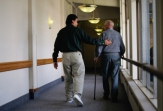 La importancia de humanizar el cuidado de las personas ancianas y dependientes en la actualidad